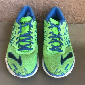 Men Brooks Pure Cadence 5 running shoes size 11